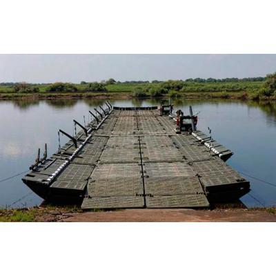 Pontoon and bridge crossing